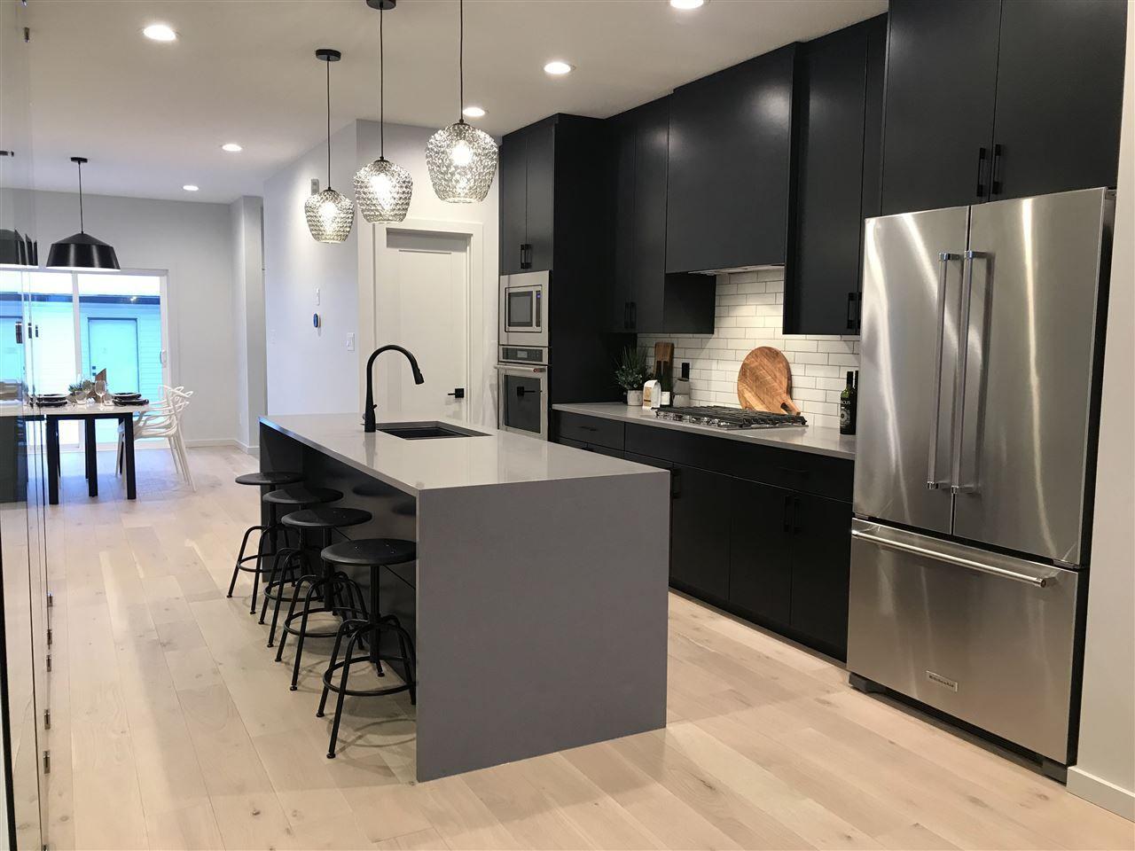 Main Photo: 10966 129 Street in Edmonton: Zone 07 House for sale : MLS®# E4149810