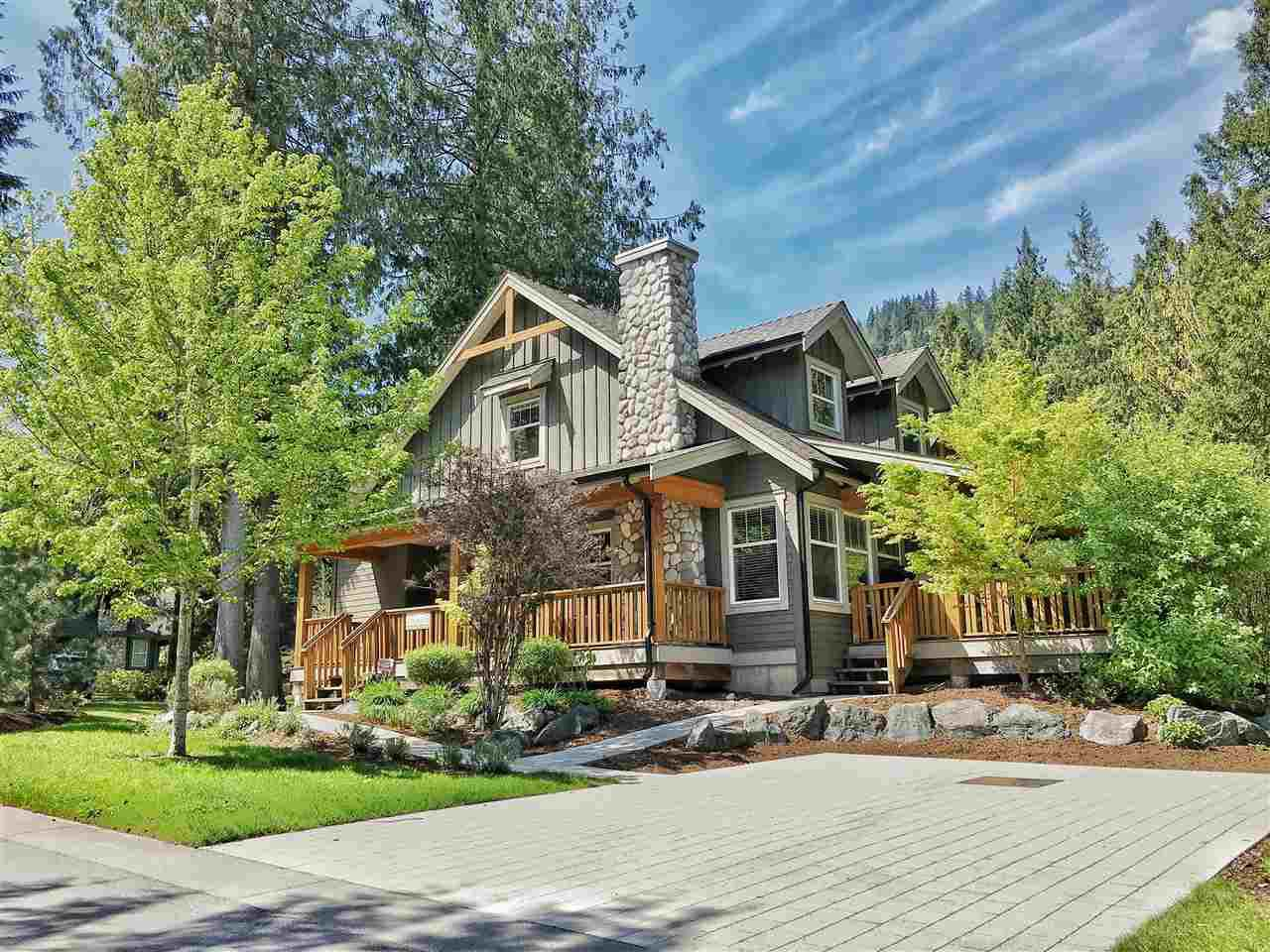 """Main Photo: 1880 HUCKLEBERRY Bend in Cultus Lake: Lindell Beach House for sale in """"THE COTTAGES AT CULTUS LAKE"""" : MLS®# R2356216"""