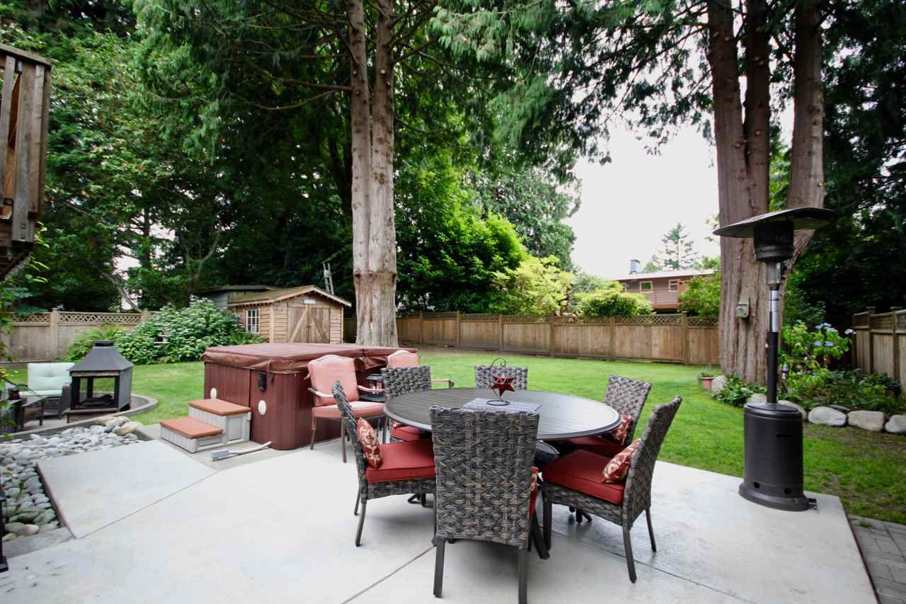 "Main Photo: 1425 55 Street in Delta: Cliff Drive House for sale in ""CLIFF DRIVE"" (Tsawwassen)  : MLS®# R2384553"