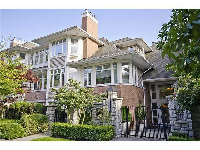 """Main Photo: 218 3188 W 41ST Avenue in Vancouver: Kerrisdale Condo for sale in """"Lanesborough"""" (Vancouver West)  : MLS®# V906139"""