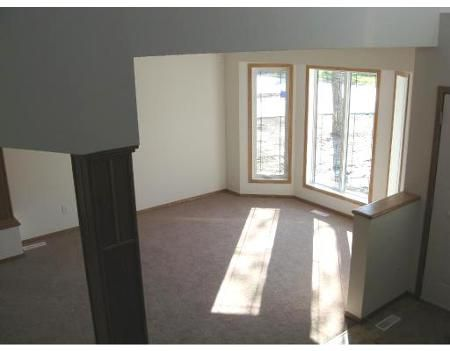 Photo 3: Photos: 1053 Lee Blvd.: Residential for sale (Richmond West)  : MLS®# 2902935