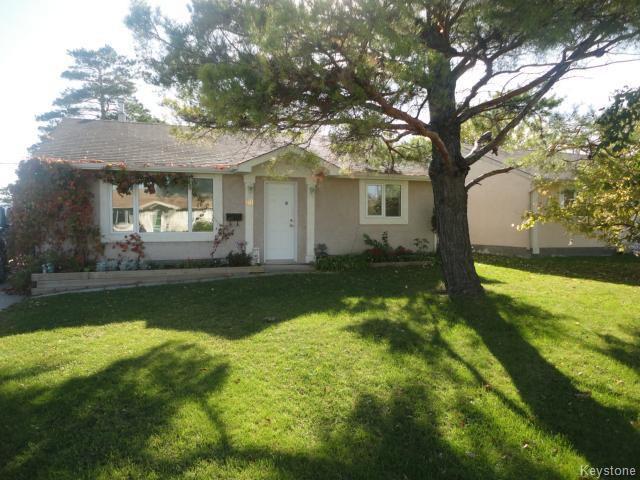 Main Photo: 98 Cornwall Boulevard in WINNIPEG: St James Residential for sale (West Winnipeg)  : MLS®# 1426121