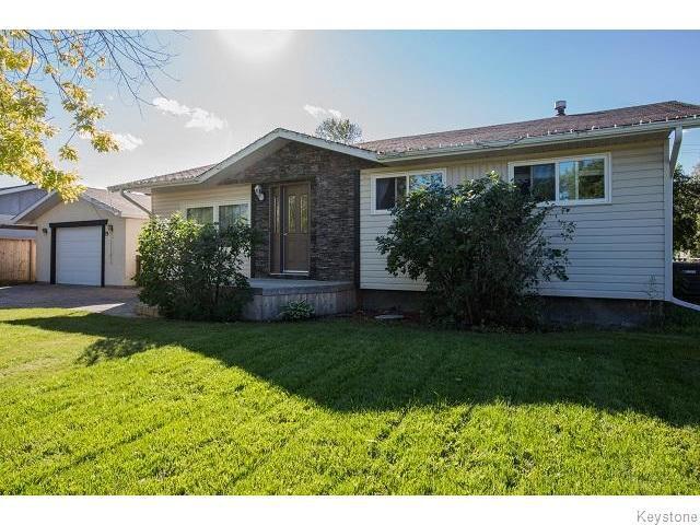 Main Photo: 19 Demers Street in Ste Anne: Ste. Anne / Richer Residential for sale (Winnipeg area)  : MLS®# 1524278