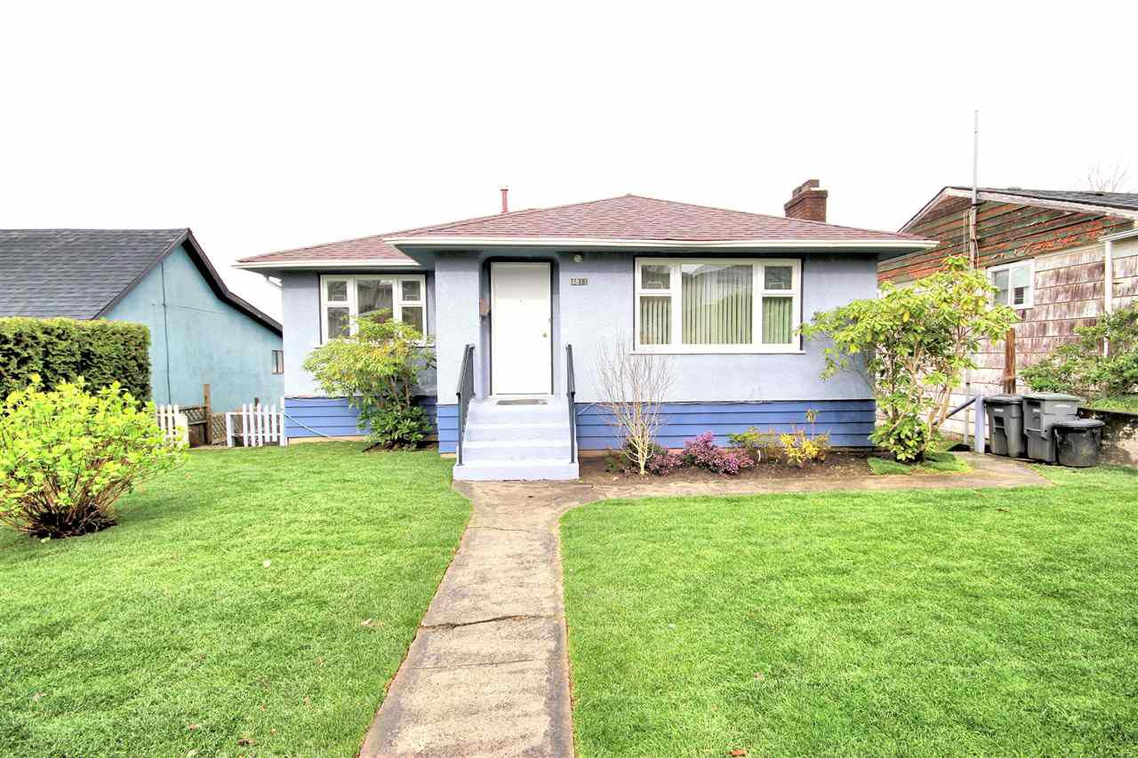 "Main Photo: 4811 JOYCE Street in Vancouver: Collingwood VE House for sale in ""COLLINGWOOD"" (Vancouver East)  : MLS®# R2051353"