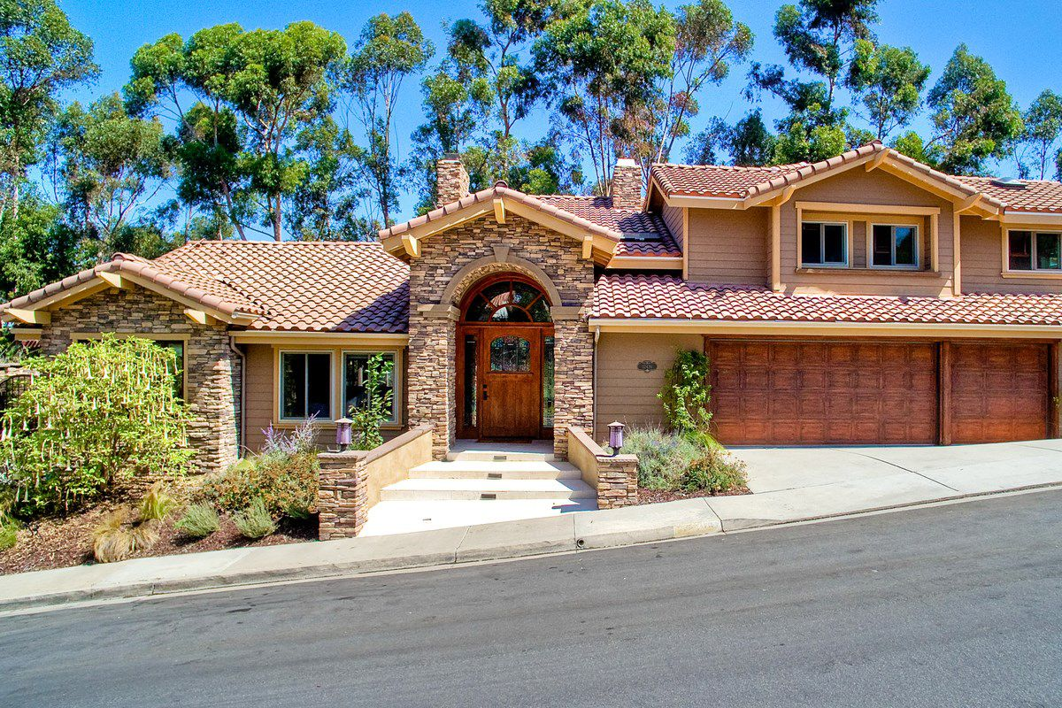 Photo 1: Photos: SCRIPPS RANCH House for sale : 4 bedrooms : 12436 Rue Fountainbleau in San Diego