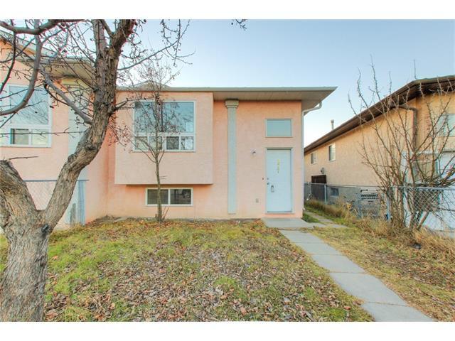 Main Photo: 377 MARTINDALE Boulevard NE in Calgary: Martindale House for sale : MLS®# C4090767