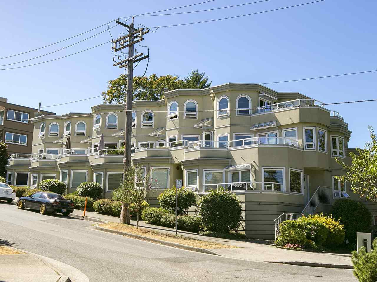 "Main Photo: 1206 W 7TH Avenue in Vancouver: Fairview VW Condo for sale in ""Alderwood Place"" (Vancouver West)  : MLS®# R2202168"