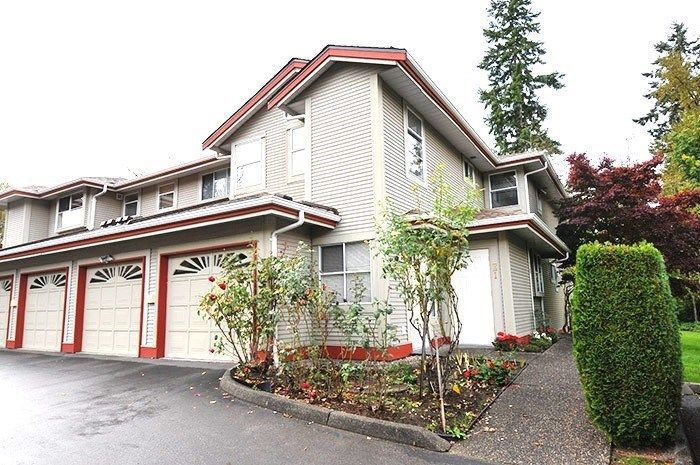 "Main Photo: 13 12071 232B Street in Maple Ridge: East Central Townhouse for sale in ""CREEKSIDE GLEN"" : MLS®# R2238324"