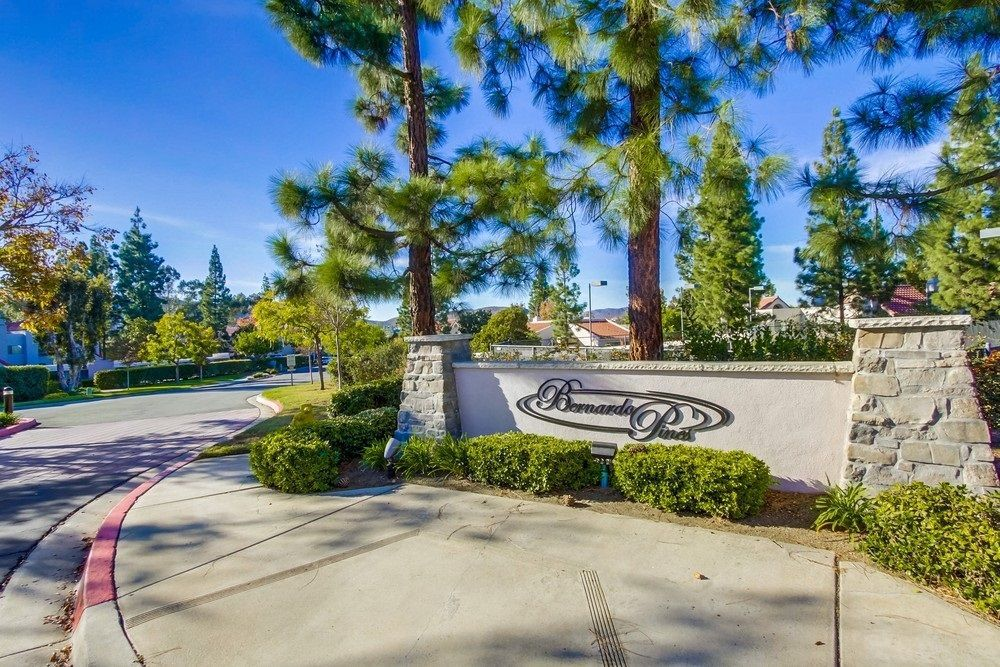 Main Photo: RANCHO BERNARDO Condo for sale : 2 bedrooms : 11855 Caminito Ronaldo #108 in San Diego