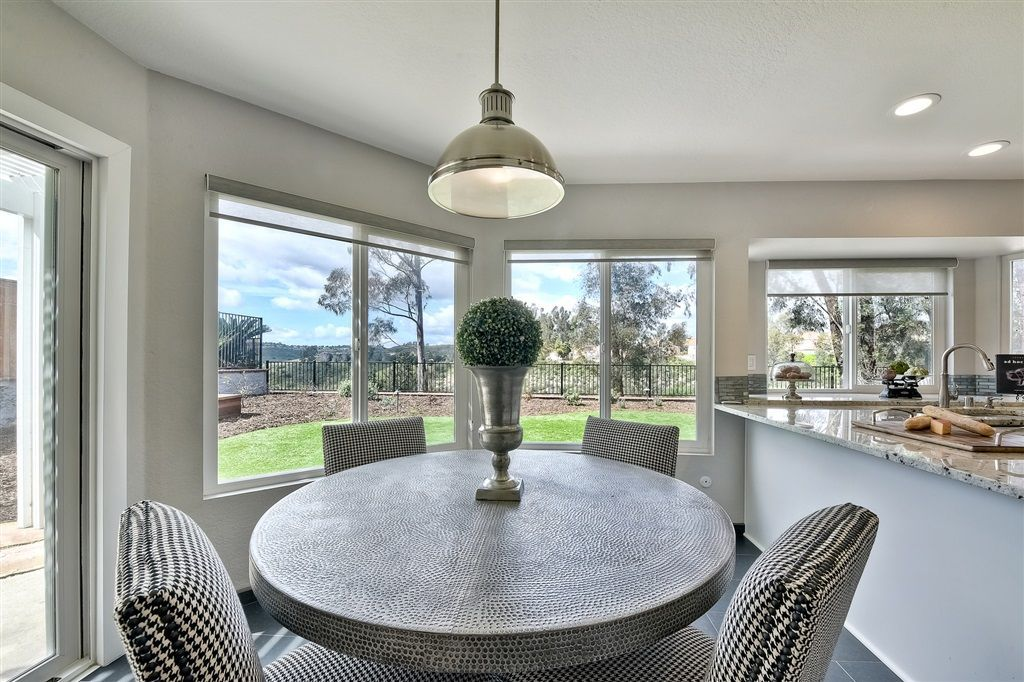 Photo 10: Photos: SCRIPPS RANCH House for sale : 4 bedrooms : 11680 Scripps Lake Dr in San Diego