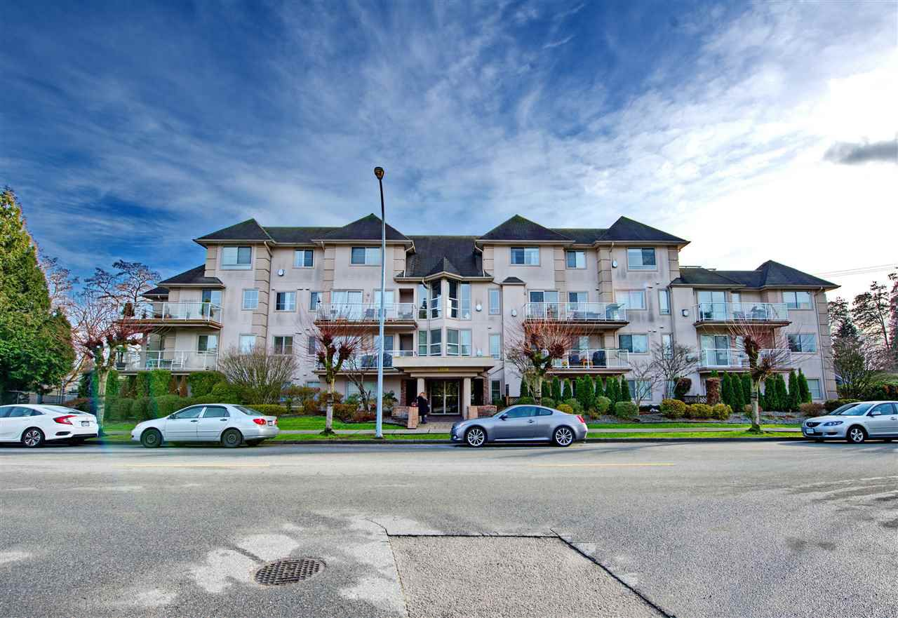 """Main Photo: 102 3128 FLINT Street in Port Coquitlam: Glenwood PQ Condo for sale in """"FRASER COURT TERRACE"""" : MLS®# R2347343"""