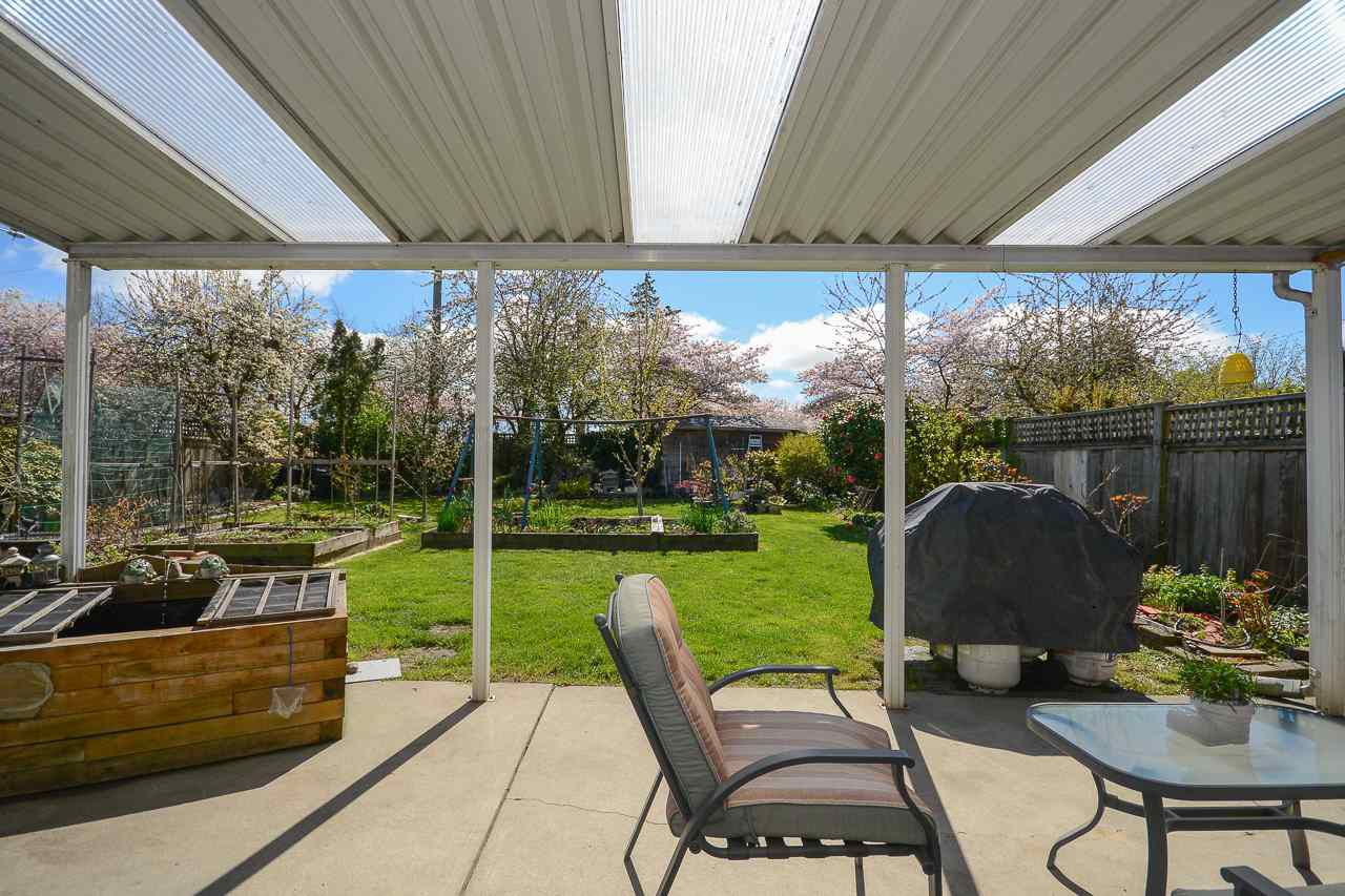 Photo 17: Photos: 6136 48A Avenue in Delta: Holly House for sale (Ladner)  : MLS®# R2355350