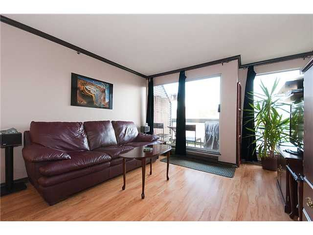 Main Photo: # 25 1345 W 4TH AV in Vancouver: False Creek Condo for sale (Vancouver West)  : MLS®# V994255