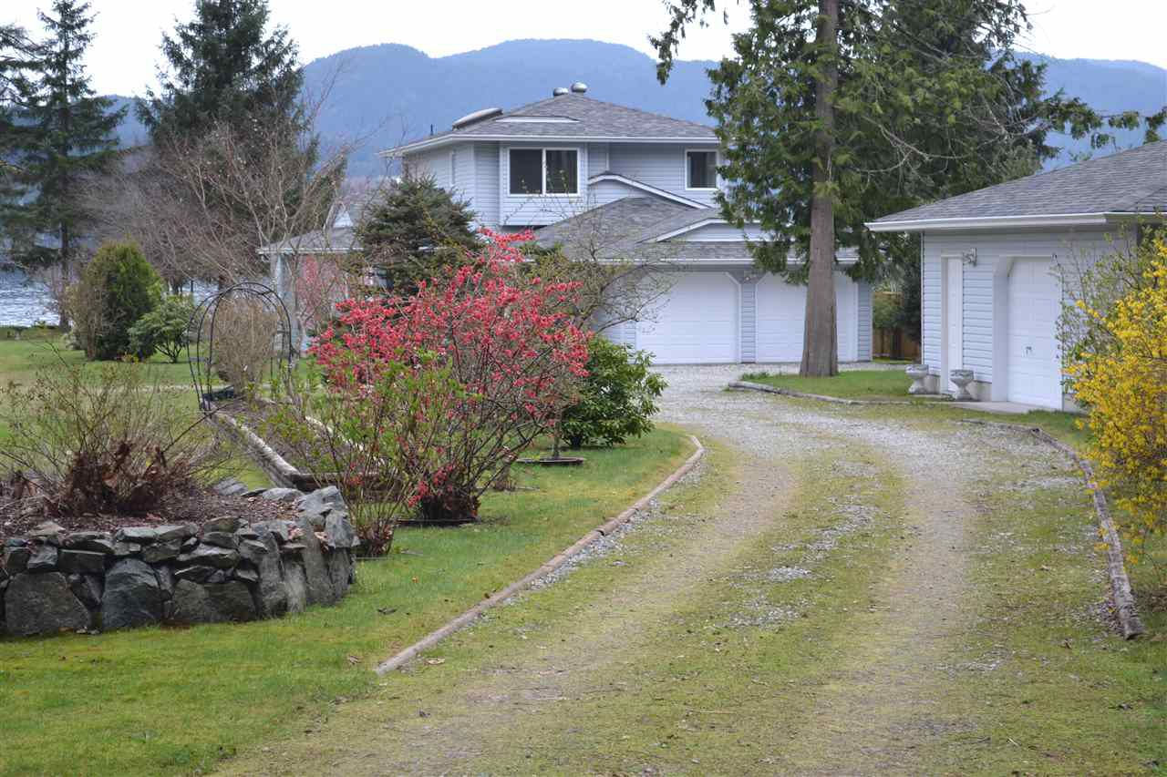 Photo 14: Photos: 6263 SECHELT INLET Road in Sechelt: Sechelt District House for sale (Sunshine Coast)  : MLS®# R2003853