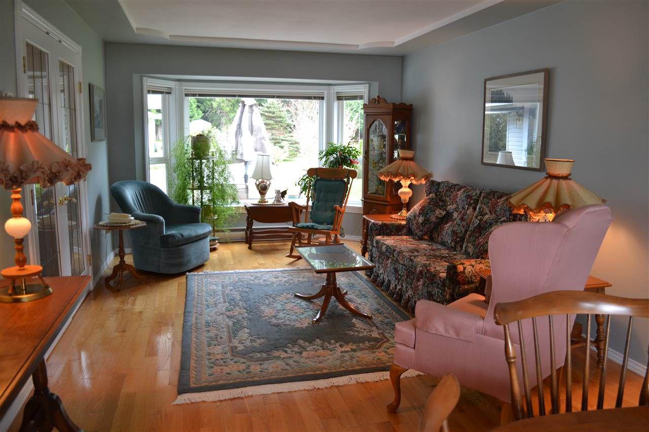 Photo 5: Photos: 6263 SECHELT INLET Road in Sechelt: Sechelt District House for sale (Sunshine Coast)  : MLS®# R2003853