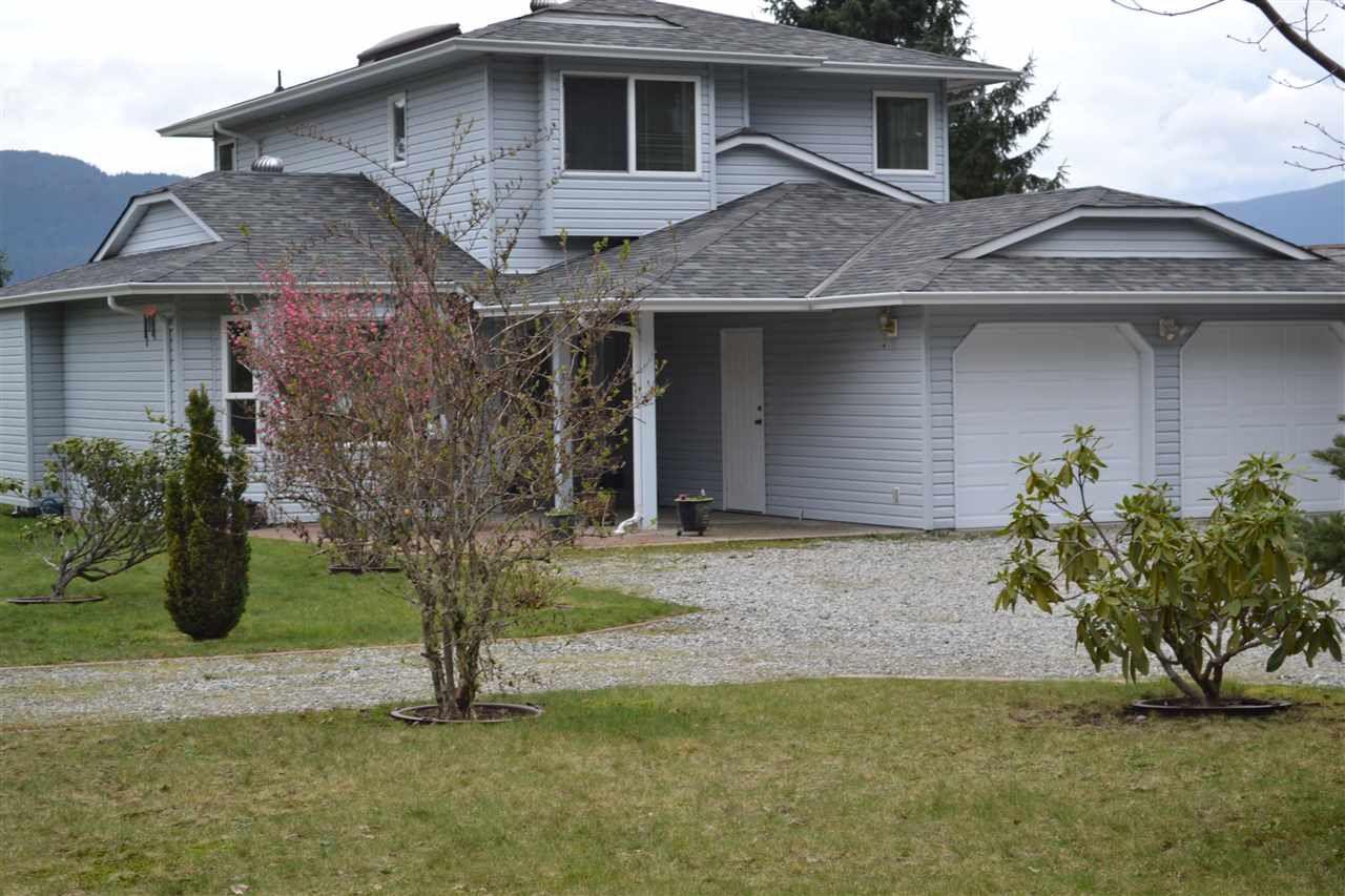Photo 11: Photos: 6263 SECHELT INLET Road in Sechelt: Sechelt District House for sale (Sunshine Coast)  : MLS®# R2003853