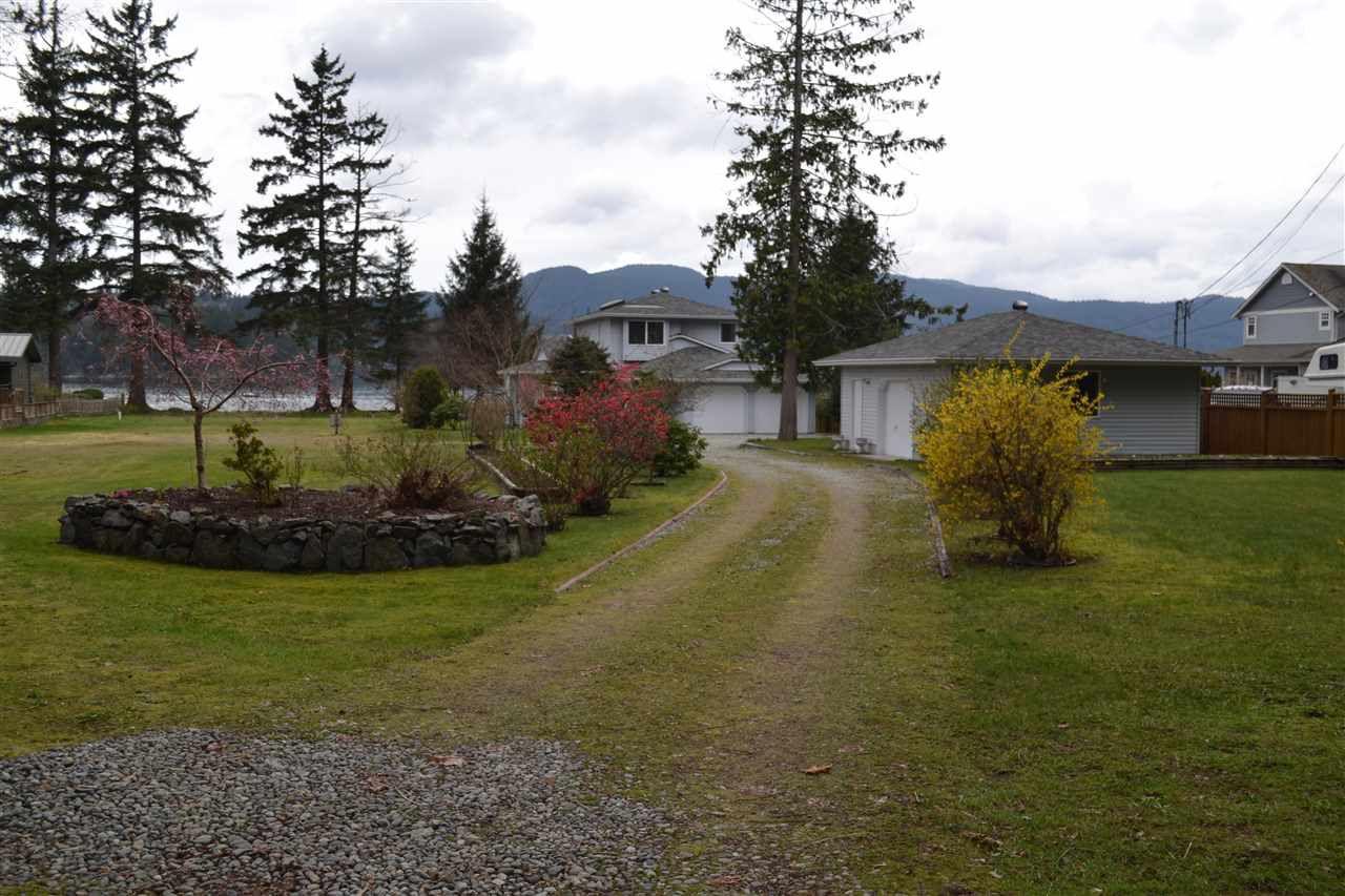 Photo 15: Photos: 6263 SECHELT INLET Road in Sechelt: Sechelt District House for sale (Sunshine Coast)  : MLS®# R2003853