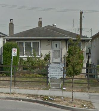 Main Photo: 7466 MAIN Street in Vancouver: South Vancouver House for sale (Vancouver East)  : MLS®# R2026803