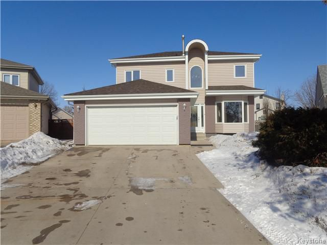 Main Photo: 79 Shalimar Crescent in Winnipeg: Riverbend Residential for sale (4E)  : MLS®# 1703843