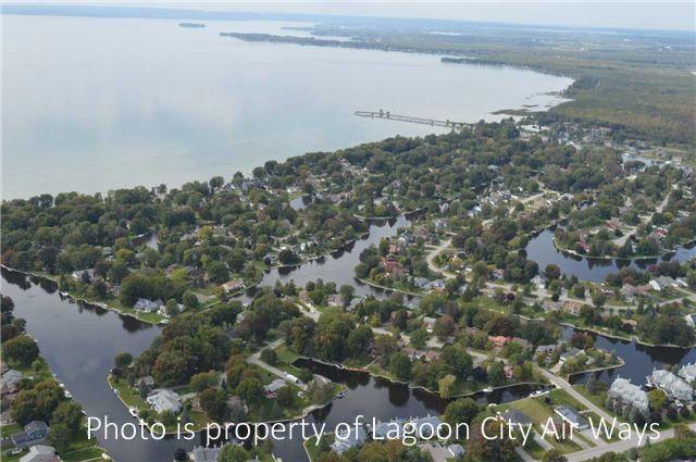 Main Photo: 27 Lake Avenue in Ramara: Brechin House (2-Storey) for sale : MLS®# S4019383