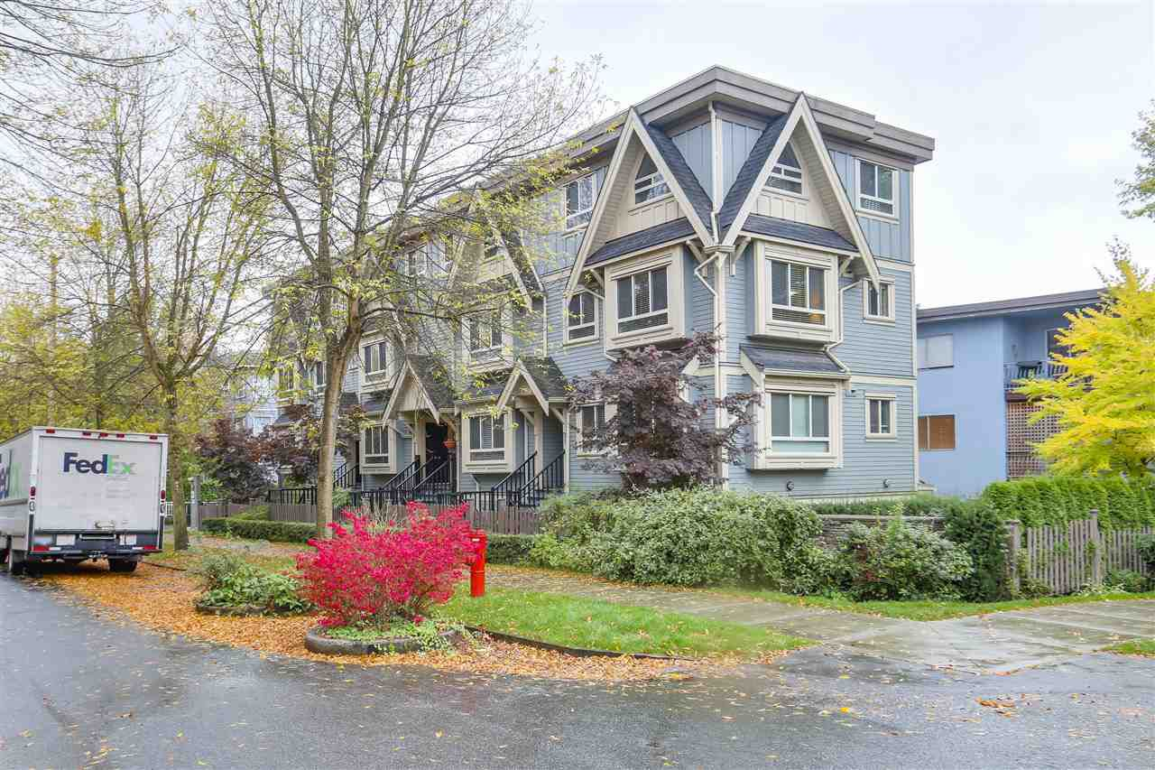 Main Photo: 89 N GARDEN Drive in Vancouver: Hastings Townhouse for sale (Vancouver East)  : MLS®# R2232859