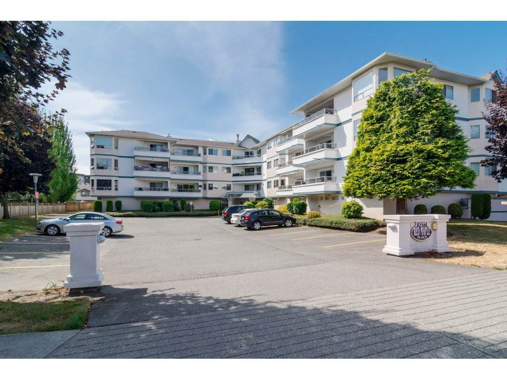 """Main Photo: 205 5377 201A Street in Langley: Langley City Condo for sale in """"Red Maple Place"""" : MLS®# R2243839"""