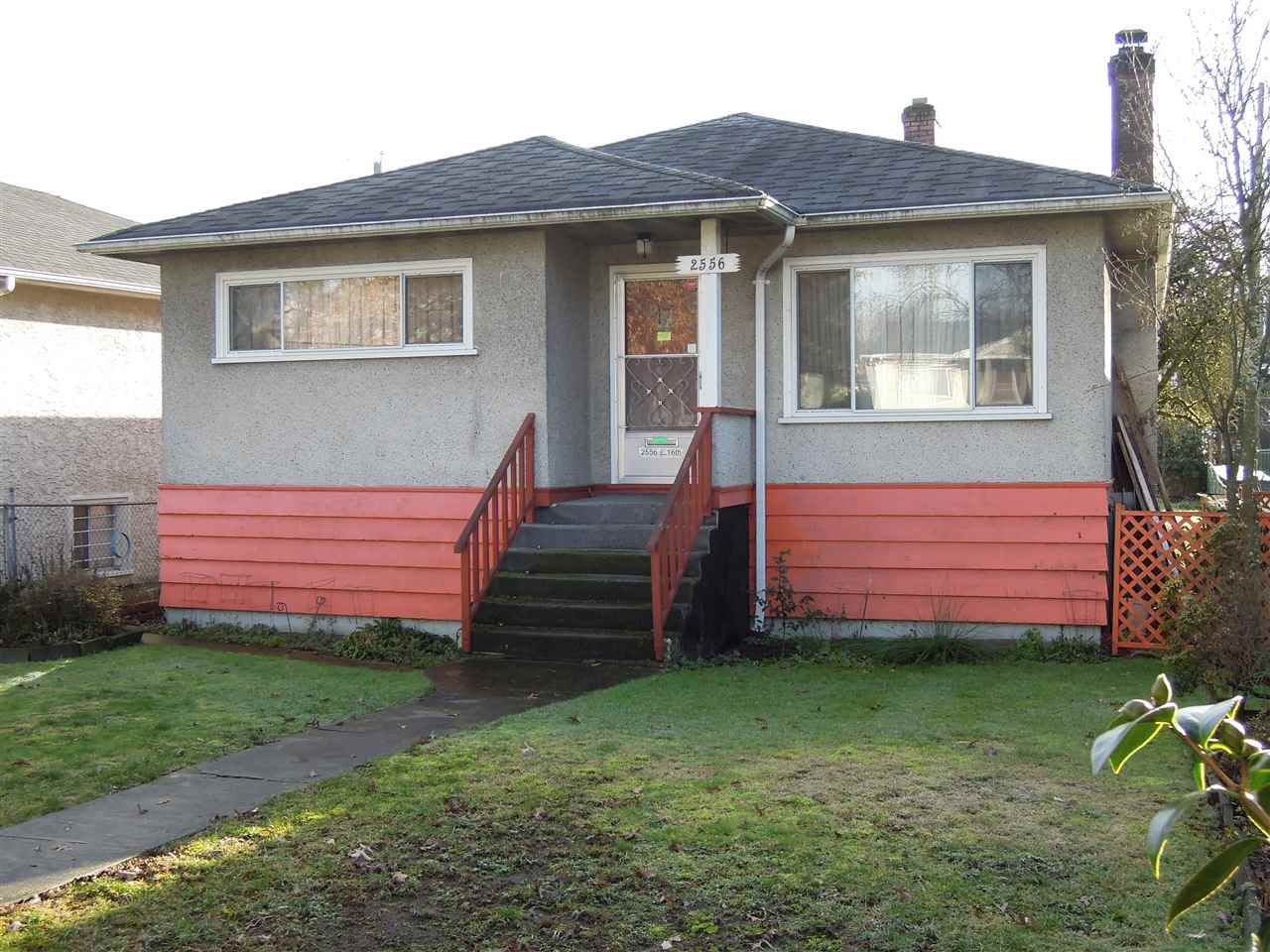 Main Photo: 2556 E16th Ave in Vancouver: Renfrew Heights House for sale (Vancouver East)  : MLS®# R2232621