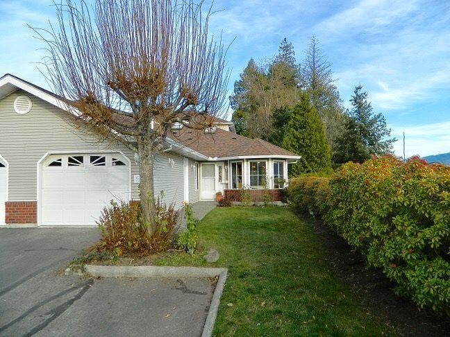 Main Photo: 71 1973 WINFIELD DRIVE in Abbotsford: Abbotsford East Townhouse for sale : MLS®# R2243445