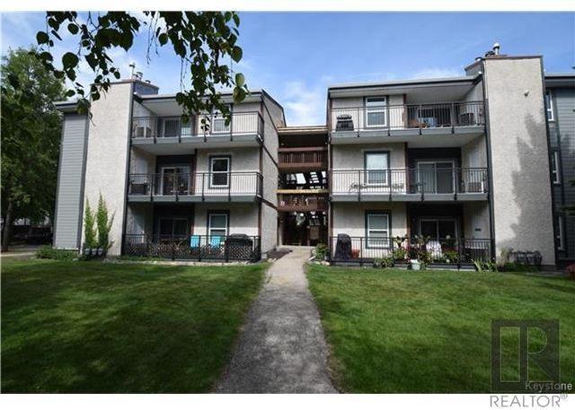 Main Photo: 7 122 Portsmouth Boulevard in Winnipeg: Tuxedo Condominium for sale (1E)  : MLS®# 1823184