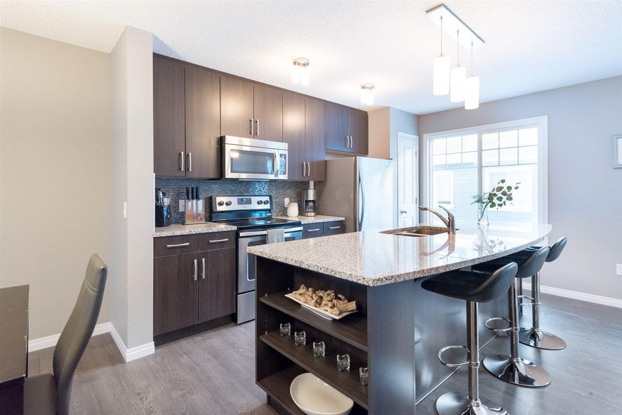 Main Photo: 18 4050 SAVARYN Drive SW in Edmonton: Zone 53 Townhouse for sale : MLS®# E4139895