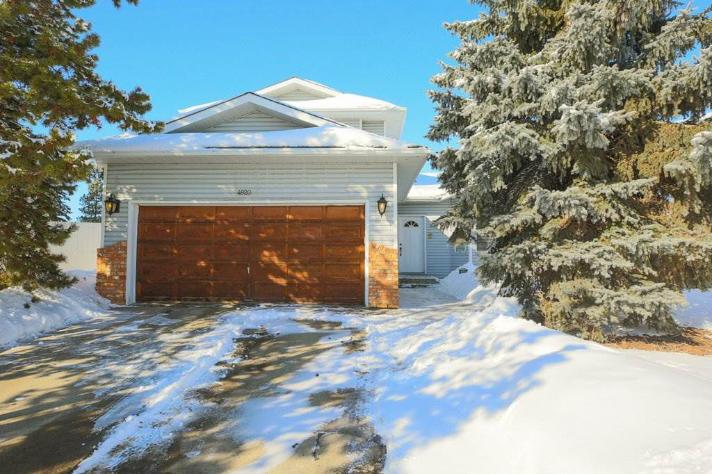 Main Photo: 4920 31 Avenue in Edmonton: Zone 29 House for sale : MLS®# E4147092