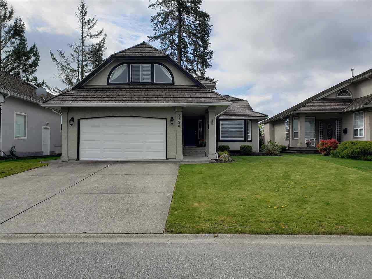 Main Photo: 33148 HAWTHORNE Avenue in Mission: Mission BC House for sale : MLS®# R2363101