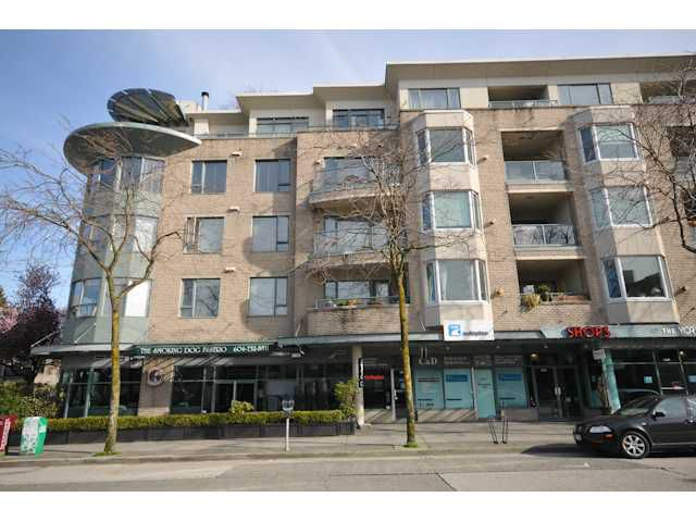 "Main Photo: 207 1688 CYPRESS Street in Vancouver: Kitsilano Condo for sale in ""YORKVILLE SOUTH"" (Vancouver West)  : MLS®# V888402"