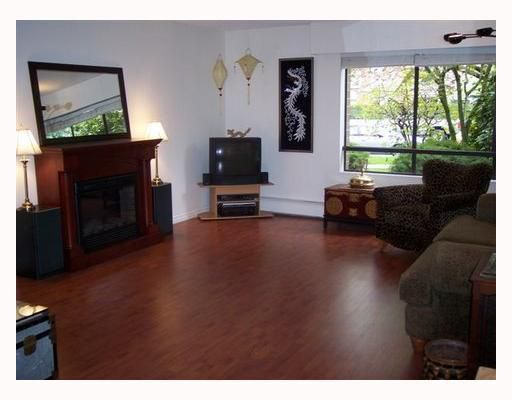 Main Photo: # 105 1877 W 5TH AV in Vancouver: Kitsilano Condo for sale (Vancouver West)  : MLS®# V768488