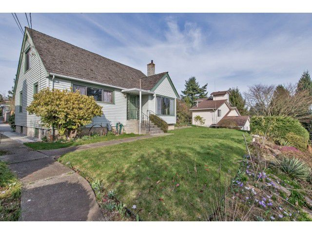Photo 1: Photos: 32969 BEST Avenue in Mission: Mission BC House for sale : MLS®# F1433771