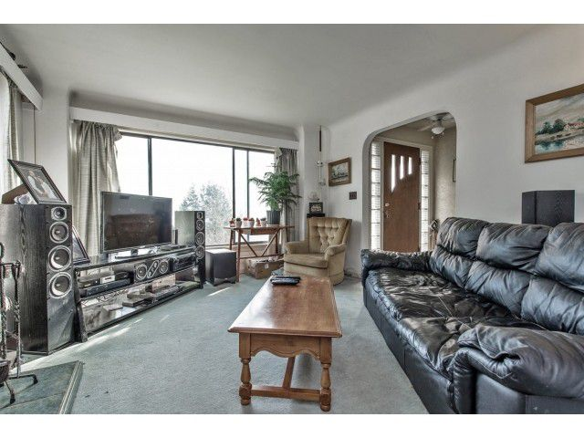 Photo 3: Photos: 32969 BEST Avenue in Mission: Mission BC House for sale : MLS®# F1433771