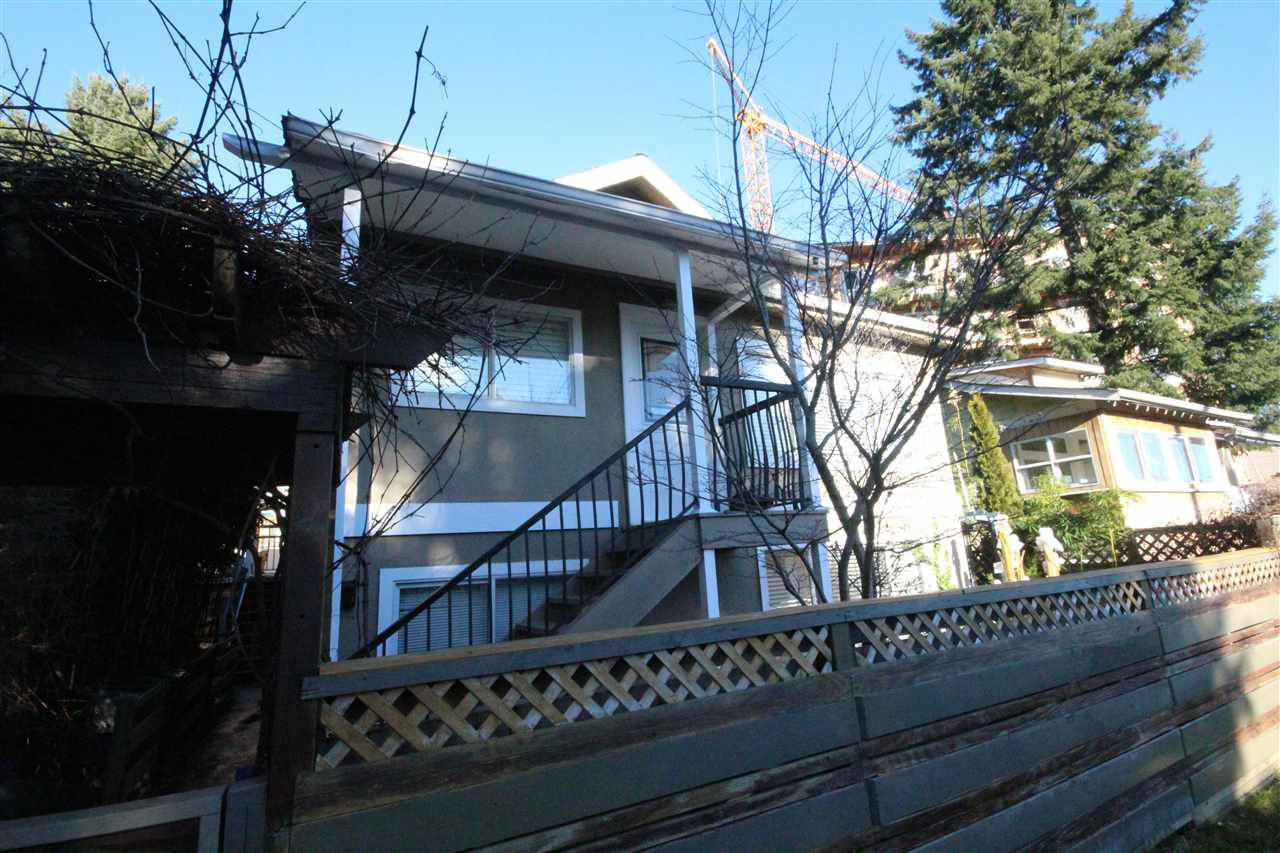 Main Photo: 1577 E 26TH Avenue in Vancouver: Knight House for sale (Vancouver East)  : MLS®# R2024551