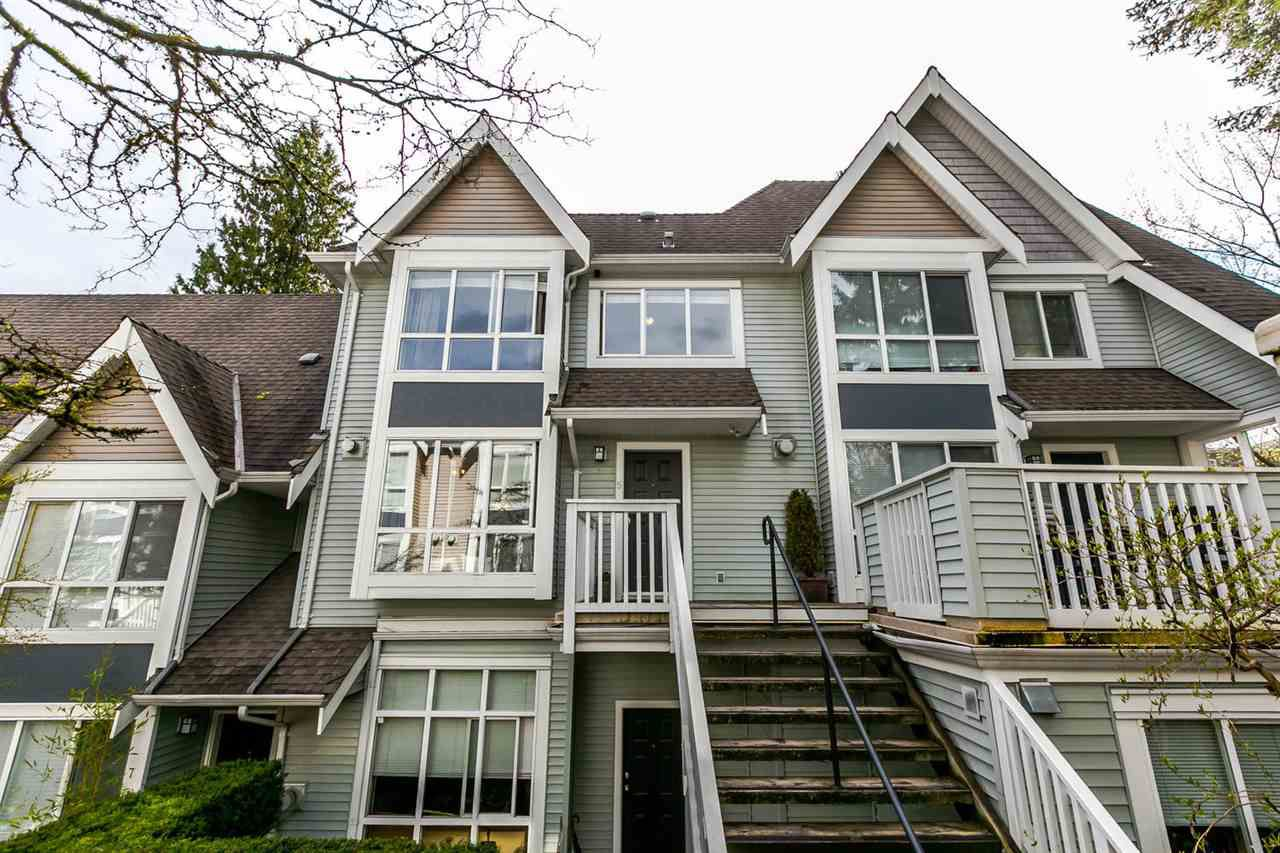"Main Photo: 5 995 LYNN VALLEY Road in North Vancouver: Lynn Valley Townhouse for sale in ""RIVER ROCK"" : MLS®# R2156356"
