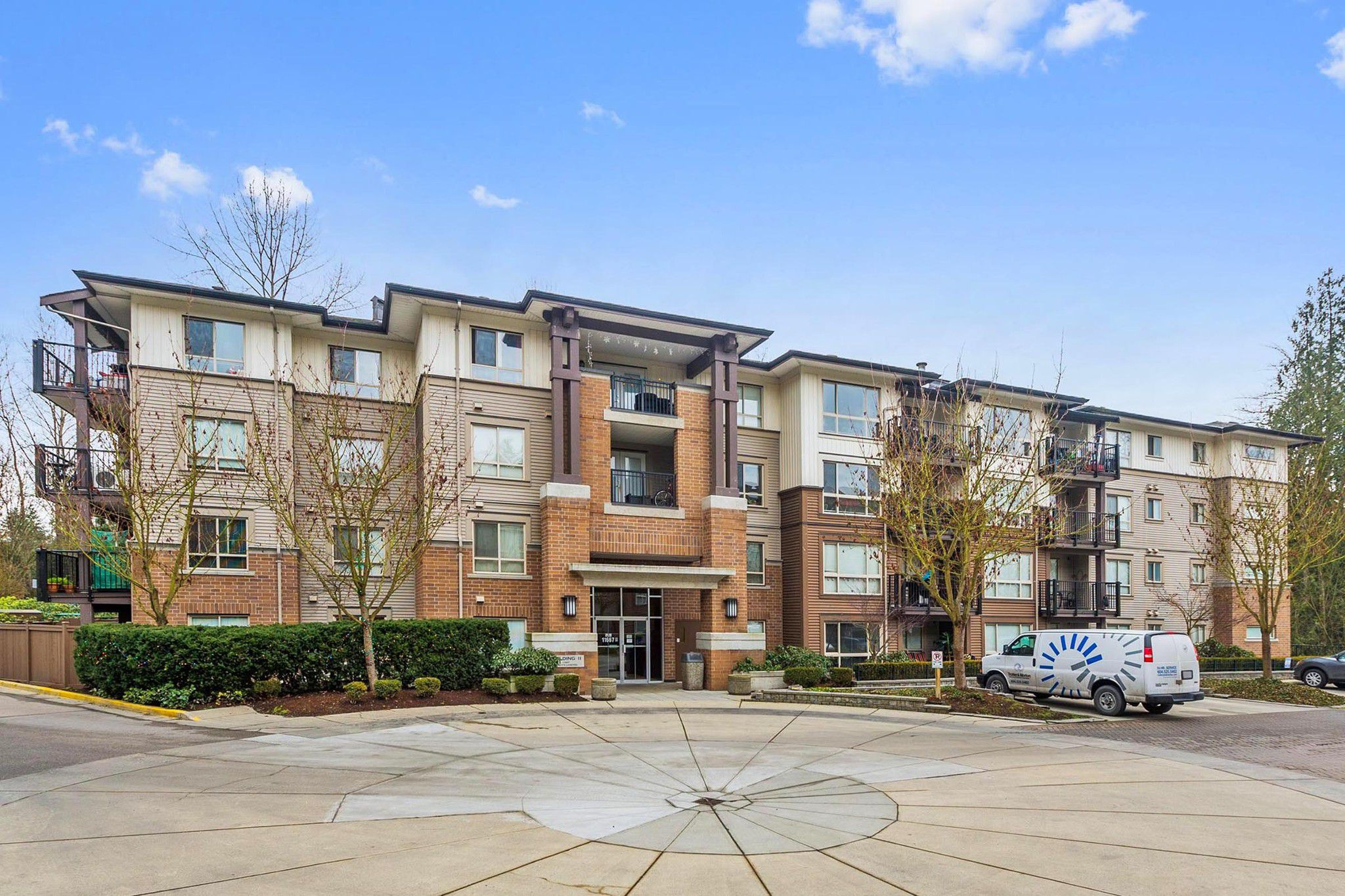 """Main Photo: 206 11667 HANEY Bypass in Maple Ridge: West Central Condo for sale in """"HANEY'S LANDING"""" : MLS®# R2231665"""