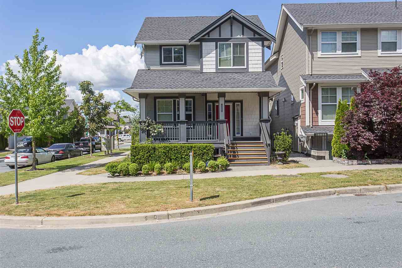 Main Photo: 19005 67A Avenue in Surrey: Clayton House for sale (Cloverdale)  : MLS®# R2274529