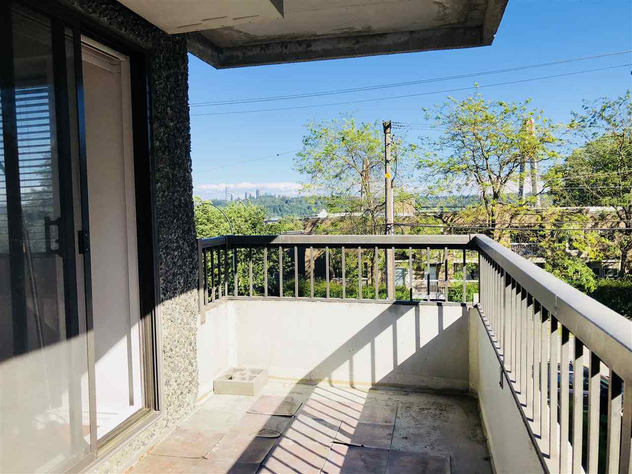 """Main Photo: 304 47 AGNES Street in New Westminster: Downtown NW Condo for sale in """"FRASER HOUSE"""" : MLS®# R2279868"""