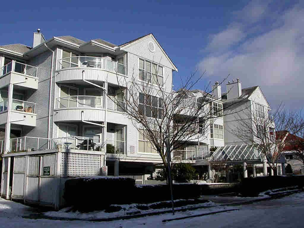 "Main Photo: 109 8611 GENERAL CURRIE Road in Richmond: Brighouse South Condo for sale in ""SPRING GATE"" : MLS®# R2288308"