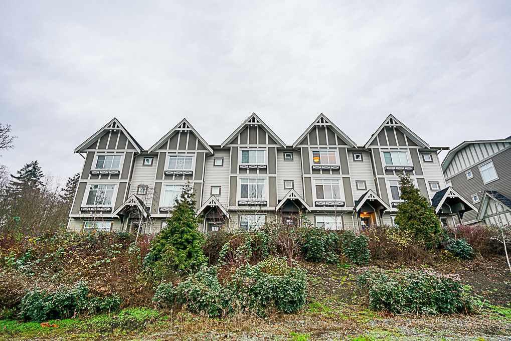 "Main Photo: 26 6588 195A Street in Surrey: Clayton Townhouse for sale in ""ZEN"" (Cloverdale)  : MLS®# R2326176"