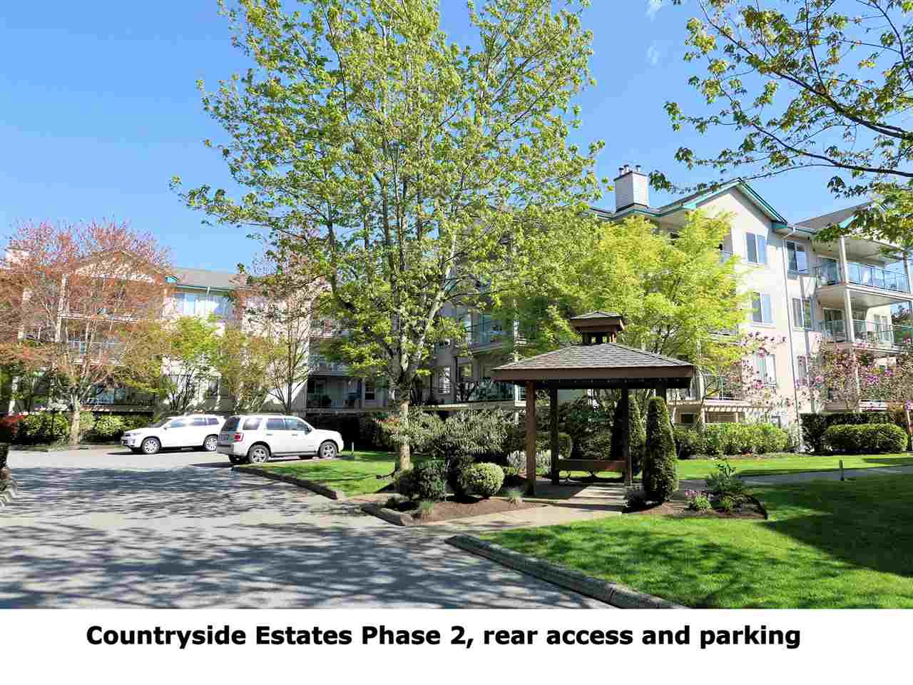 """Main Photo: 102 20443 53RD Street in Langley: Langley City Condo for sale in """"Countryside Estates"""" : MLS®# R2362376"""