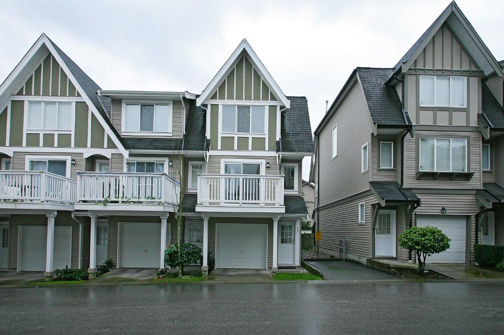 Main Photo: 22 8775 161 Street in Surrey: Fleetwood Townhouse for sale : MLS®# F1002152