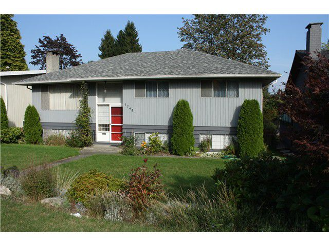 Main Photo: 1748 GRAND BV in North Vancouver: Boulevard House for sale : MLS®# V1031855