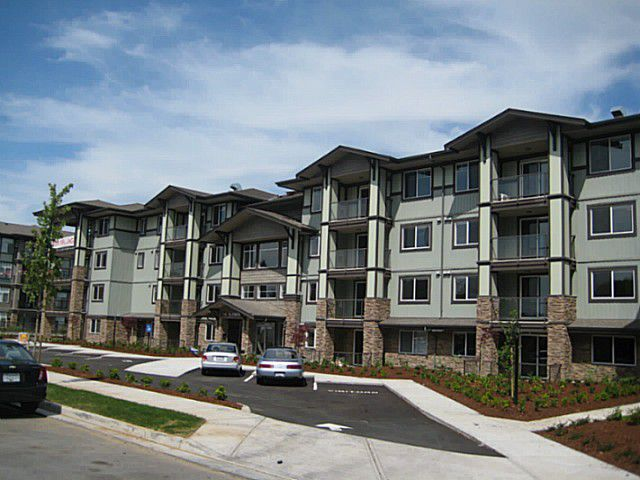 "Main Photo: 410 2038 SANDALWOOD Crescent in Abbotsford: Central Abbotsford Condo for sale in ""The Element"" : MLS®# F1404533"