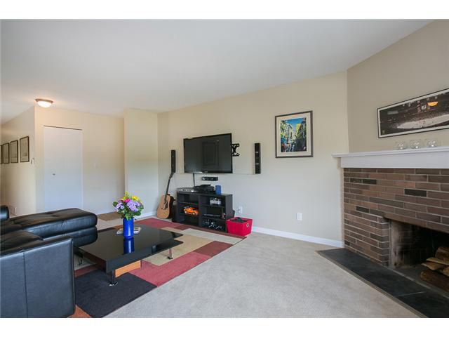 "Photo 6: Photos: 1009 OLD LILLOOET Road in North Vancouver: Lynnmour Condo for sale in ""Lynnmour West"" : MLS®# V1060053"