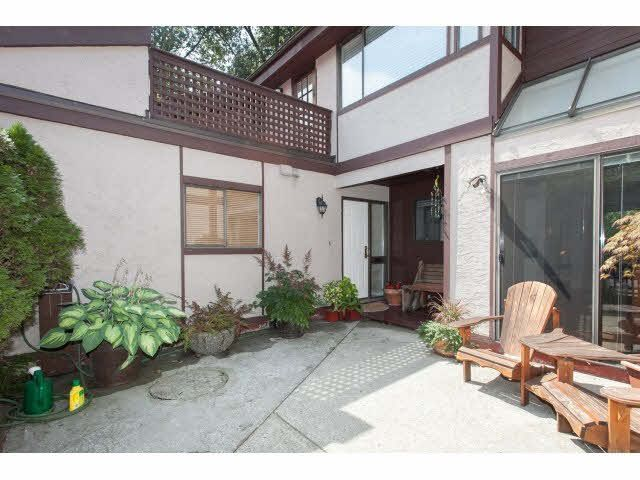 """Main Photo: 105E 3655 SHAUGHNESSY Street in Port Coquitlam: Glenwood PQ Townhouse for sale in """"SHAUGHNESSY PARK"""" : MLS®# V1138800"""