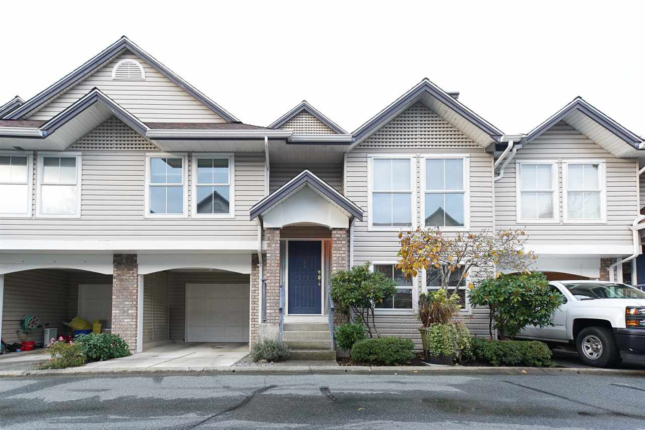 "Main Photo: 44 8716 WALNUT GROVE Drive in Langley: Walnut Grove Townhouse for sale in ""WILLOW ARBOUR"" : MLS®# R2121069"